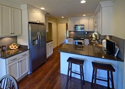 2189coachmans_kitchen
