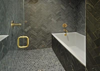 319haynes_mbaTub&Shower