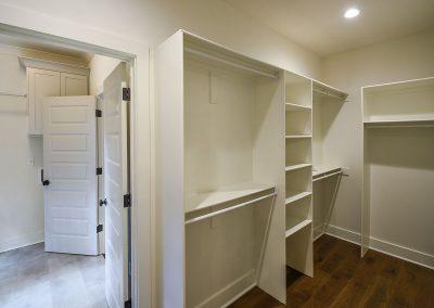 134lafayette_mbr_closet