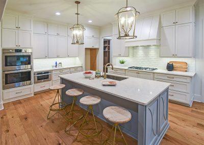 4619lorece_kitchen
