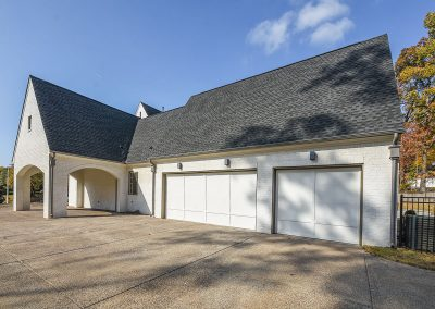 560wildelm_garages_porte_cochere